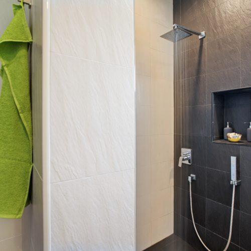 Villa Nabu - master ensuite bathroom